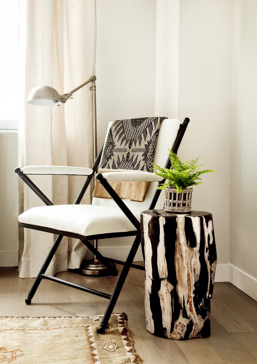 chelsea-manhattan-apartment-chair-interior-photography.jpg