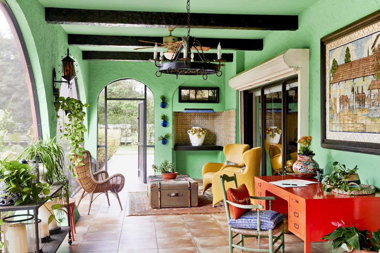 florida-bohemian-colorful-patio-interior-photography.jpg