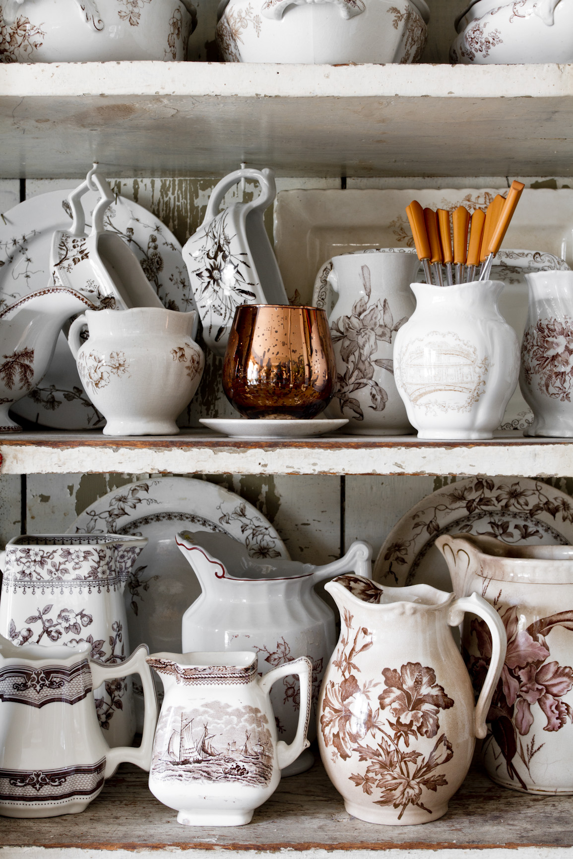 pottery-collection-interior-photography.jpg