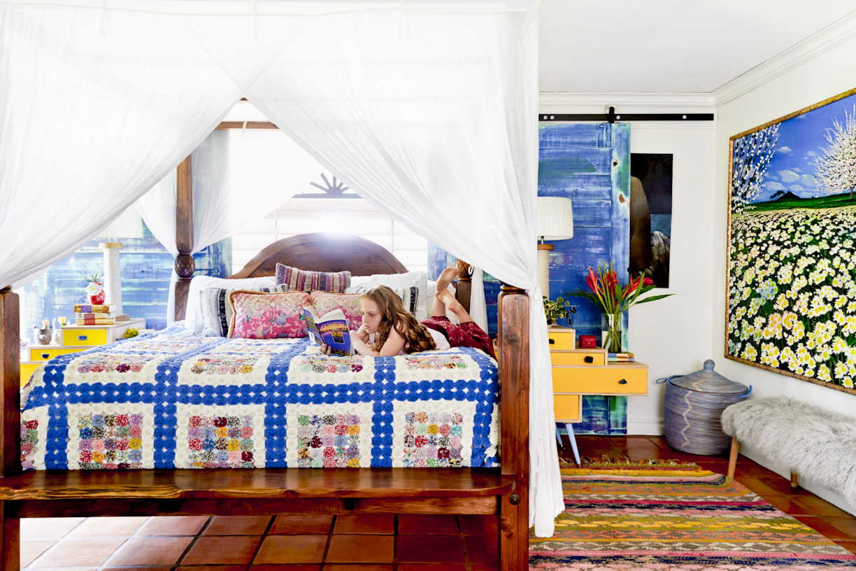 bohemian-girl-reading-bedroom-lifestyle-photography.jpg