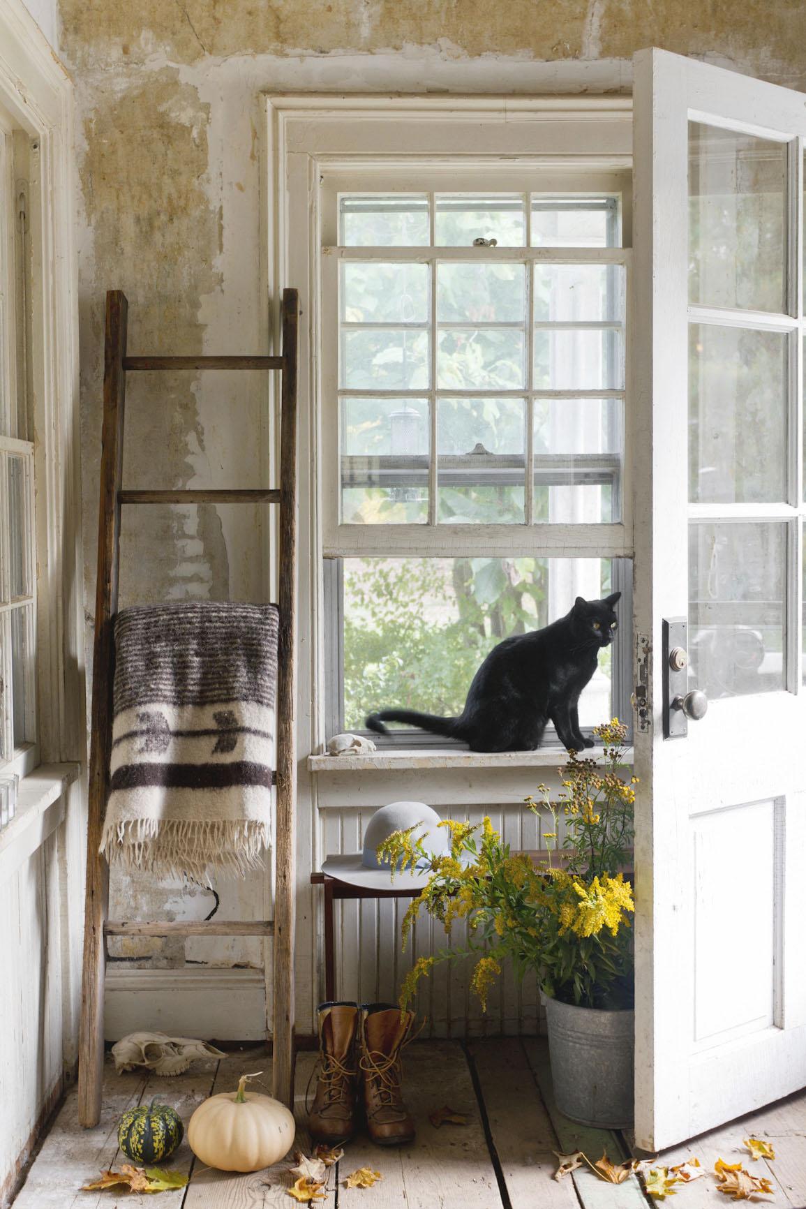 entryway-rustic-autumn-interior-photography.jpg