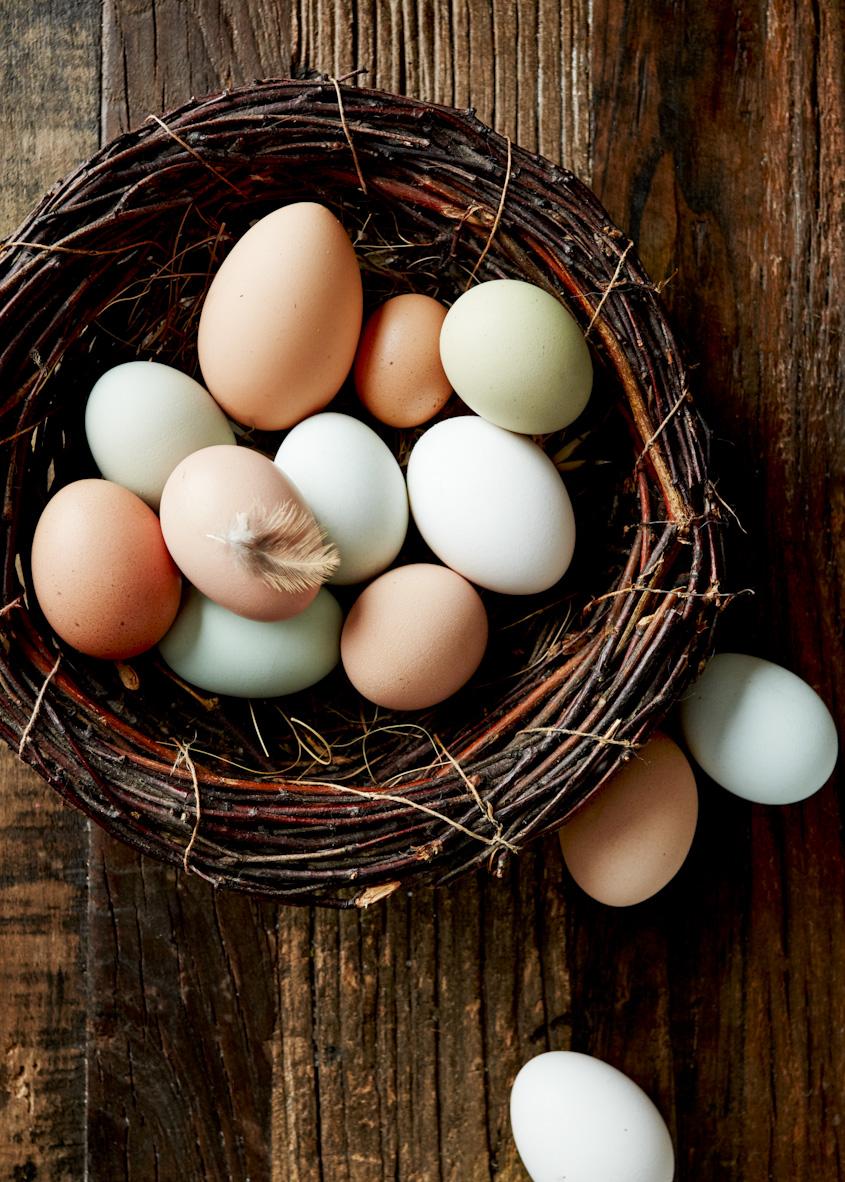 fresh-farm-eggs-lifestyle-photography.jpg