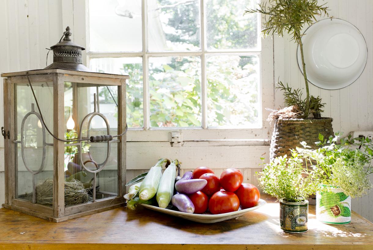 summer-veggies-butcher-block-lifestyle-photography.jpg