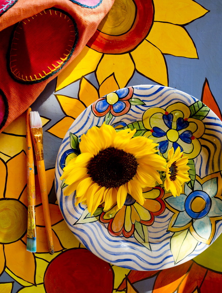sunflower-painting-coffee-table-lifestyle-photography.jpg