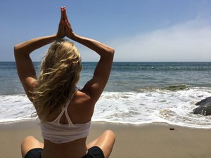 Healthy Mind Tip: Relieve stress & anxiety by setting a daily positive reminder!