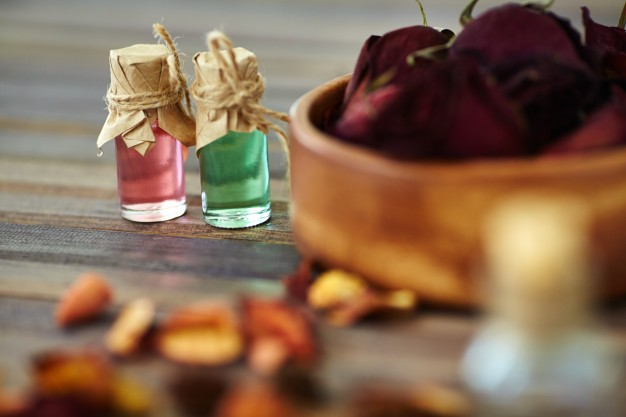 bowl-perfume-natural-background-treatment_1098-4394.jpg