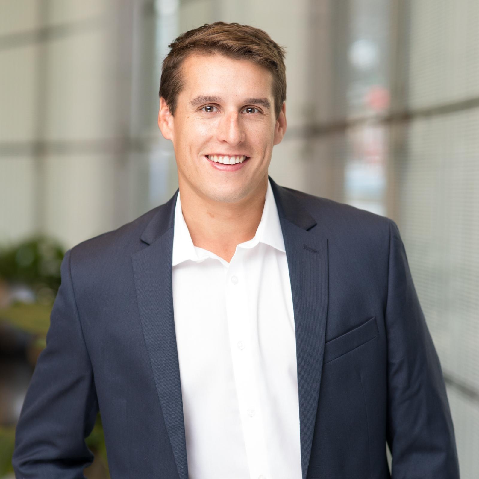 Matthew Czerkowicz   Manager