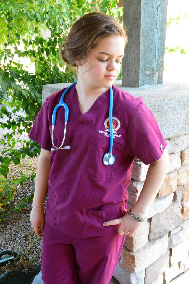 AnnaMak-MedicalAssistant.jpg