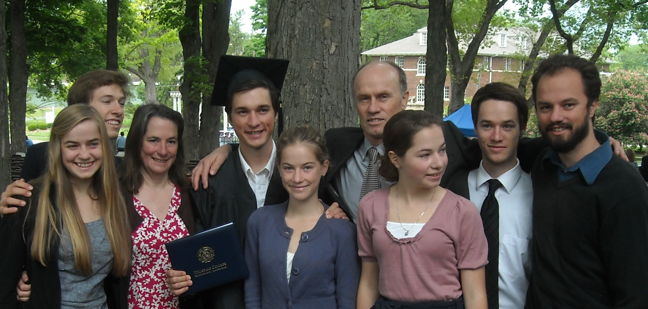 Tommy grad family cropped photo.jpg