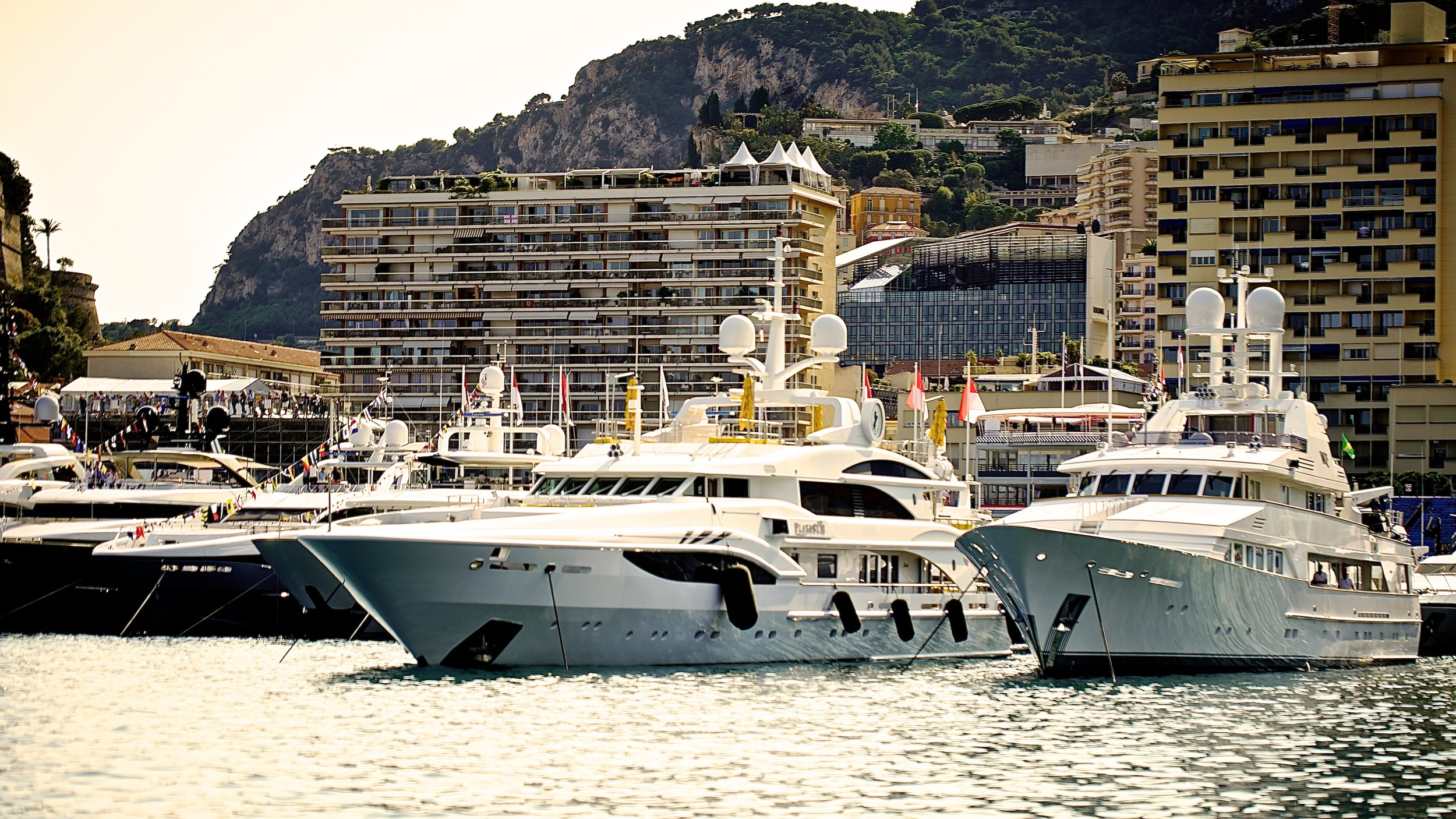 Weekend Yacht Hospitality -