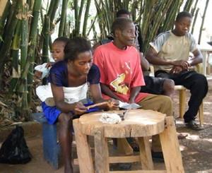 2008 Abompe bead making.jpg