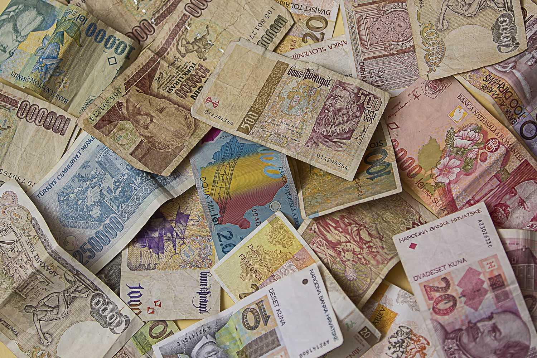 money-1696521_1920a.jpg