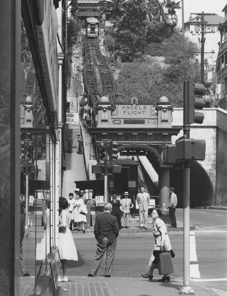 Angels Flight railway leading out to Hill Street