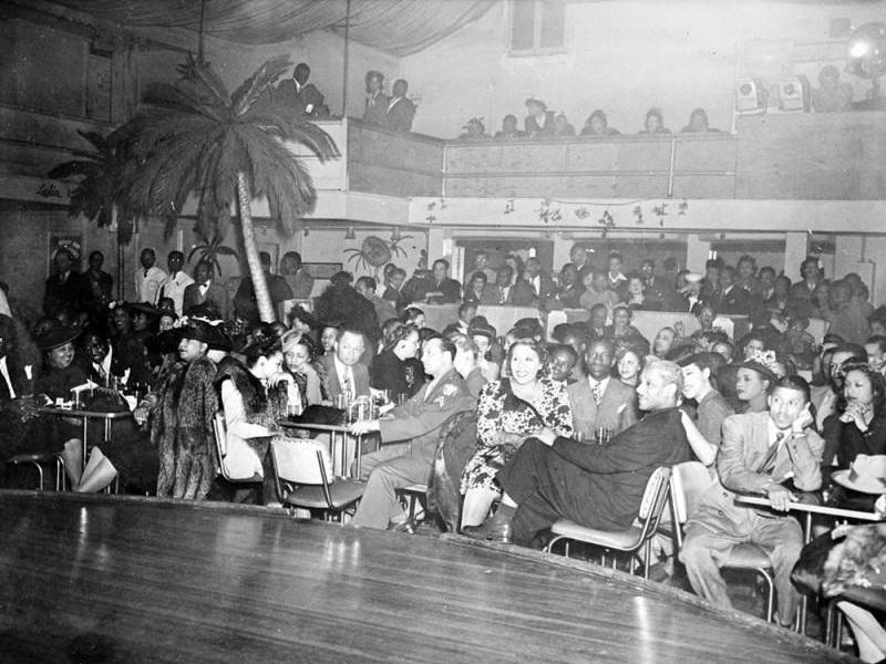 Ringside at Club Alabam ca. 1945. Photo via Los Angeles Public Library.