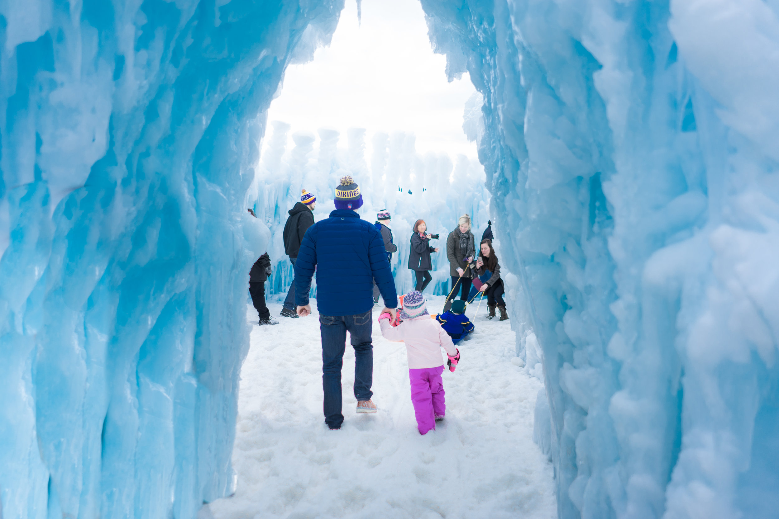 - STILLWATER, MN ICE CASTLES PHOTOGRAPHER