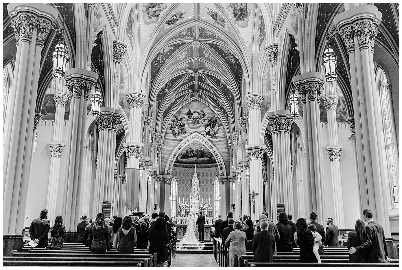 WeddingNotreDameBasilicaoftheSacredHeartKellyRussoPhoto_0128.jpg