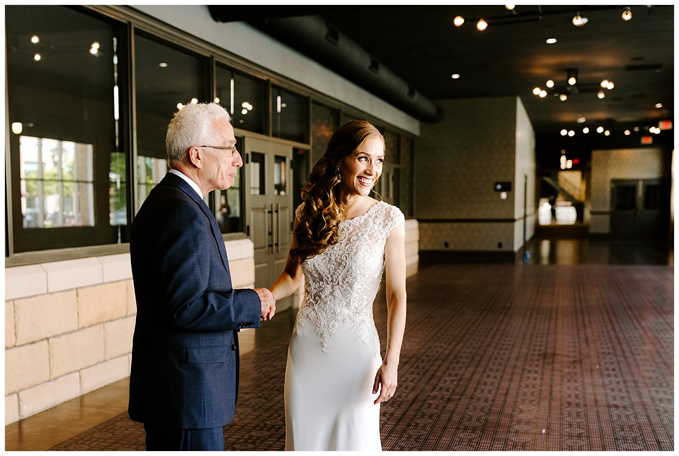 the renaissance minneapolis hotel the depot minneapolis mn wedding photographer_0219.jpg