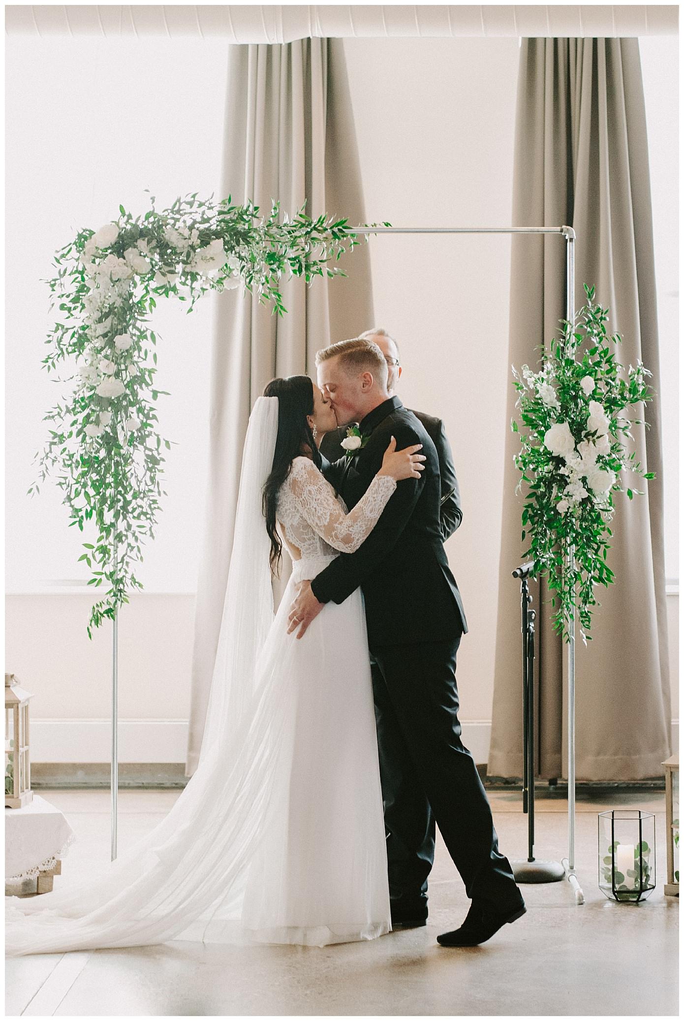 machine shop wedding minneapolis mn_0468.jpg