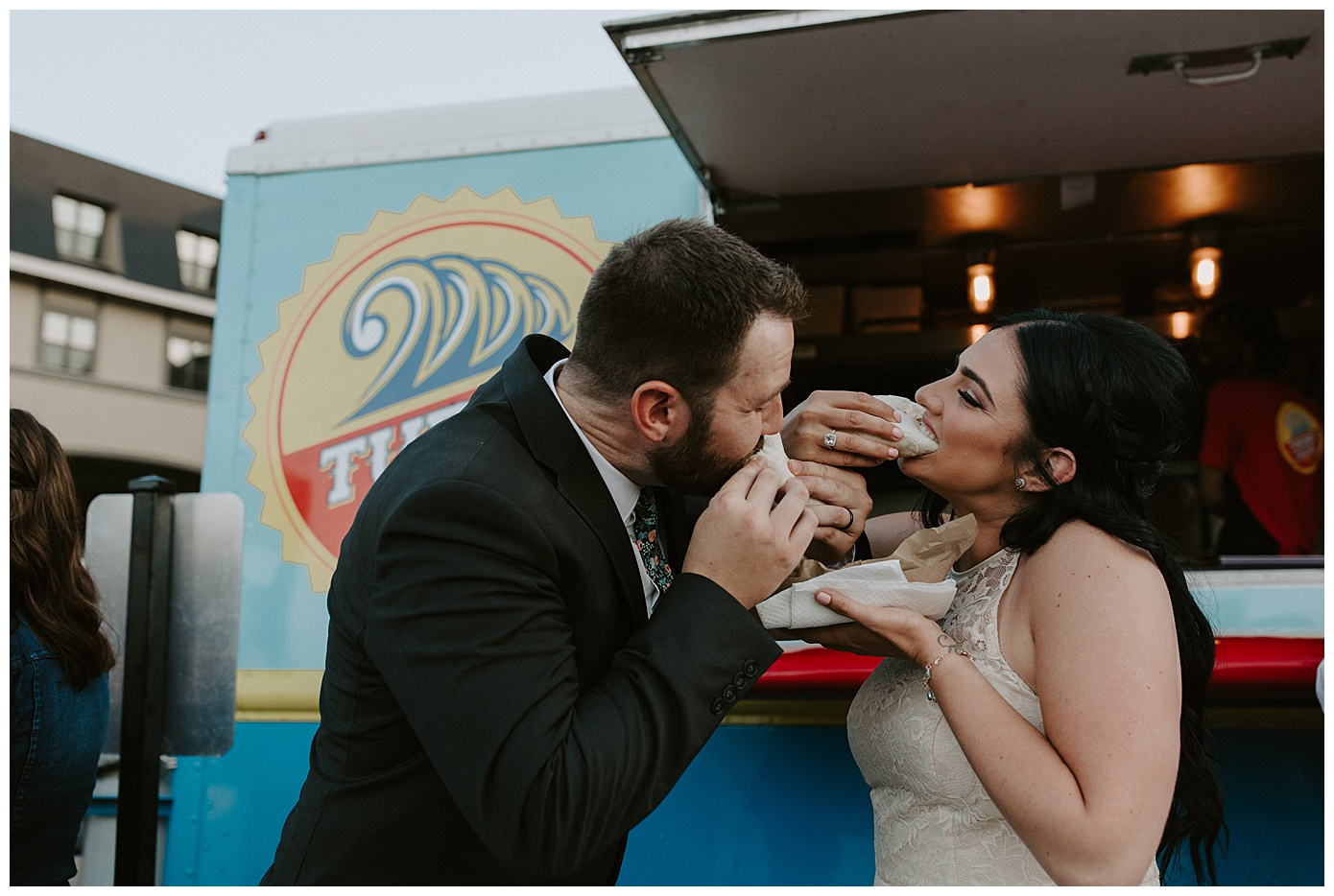 VENN BREWING MINNAPOLIS WEDDING PHOTOGRAPHER_0587.jpg