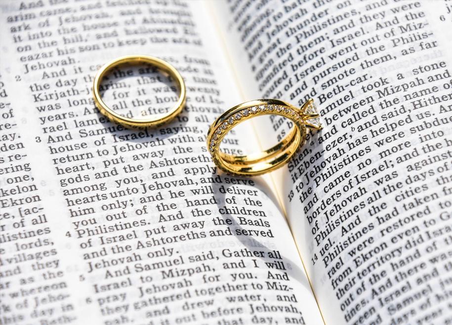 rings_ceremony.jpg