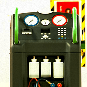 AIRCON SIMULATOR, RECOVERY & RE-CYCLING MACHINE - Accurately charges / discharges refrigerant, cleans the air-conditioning system and diagnoses the air-conditioning system of the car, which gives students the ability to understand circuit connections, diagnostic techniques and wiring connections of car air-conditioning systems.