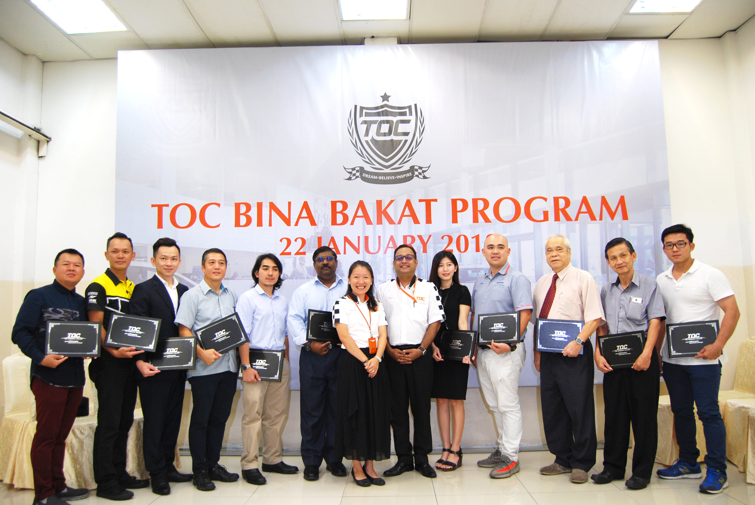 Adelaine Foo, Founder and Chief Executive Officer of TOC Automotive College and Prem Kumar Mathavan, Principle of TOC Automotive College with TOC Industry Partners at TOC Bina Bakat program launching press conference.