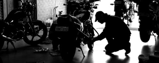 Image from:  Alert Motorcycle School