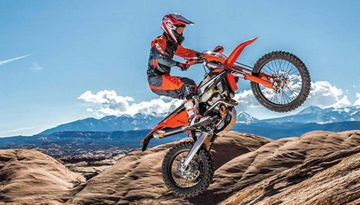 Image source:  https://www.sportdurstpowersports.com/dirt-bikes-ktm