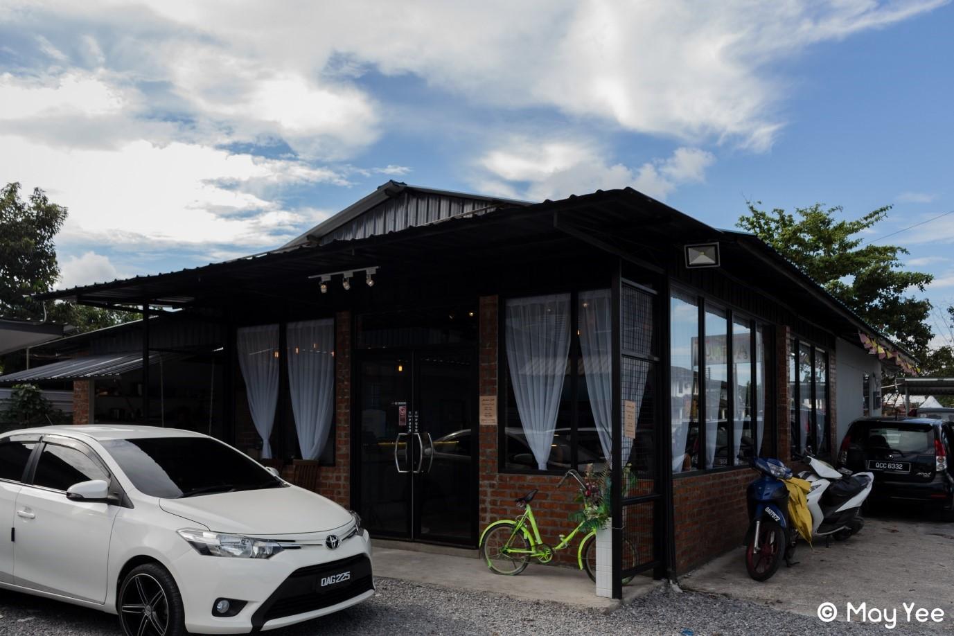 Image source:   https://www.getteaspoon.com/en/restaurant/avenuecafeworkshop-kuching