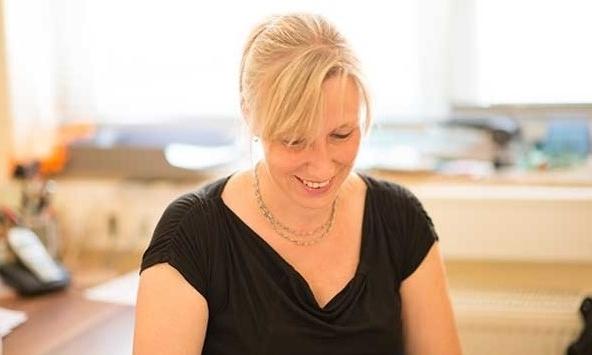 Daniela Wiegand   - Finanzbuchhaltung