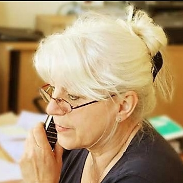 Cornelia Becker - TerminvereinbarungKundenservice Büro