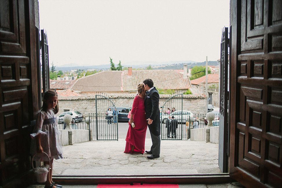 sussex-surrey-wedding-photographer-39.jpg