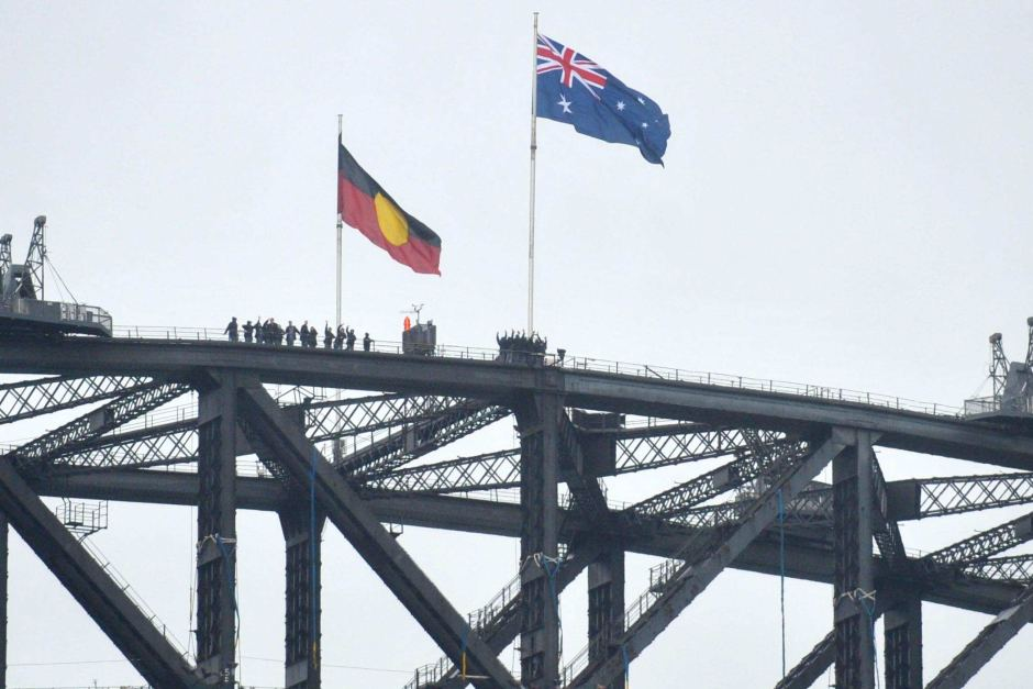 Push to fly the Aboriginal flag on Sydney Harbour Bridge after the pride shown during National Reconciliation Week