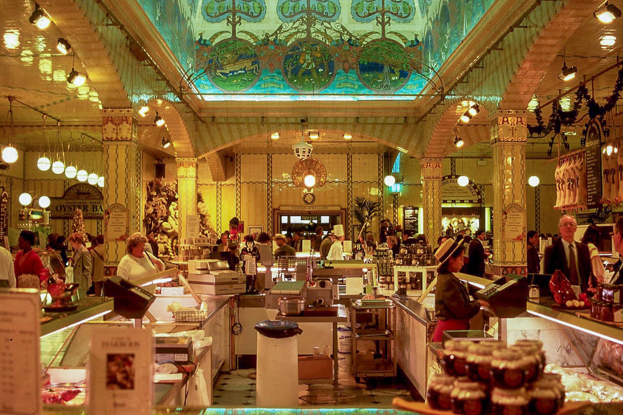 12_harrods food hall 2.jpg