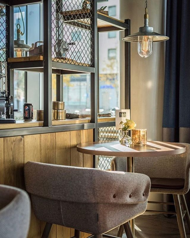 Morning light @scandiclillestrom. Good weekend🌞 photo @scandiclillestrom  design @rissinteriorarchitects 2018 #hospitality #hospitalitydesign #horeca #interiorarchitecture #interiordesign #moods #atmosphere #interiør #interior #interiordetails #interiørarkitekt #mnil #hotels #scandic #bruketlillestrøm