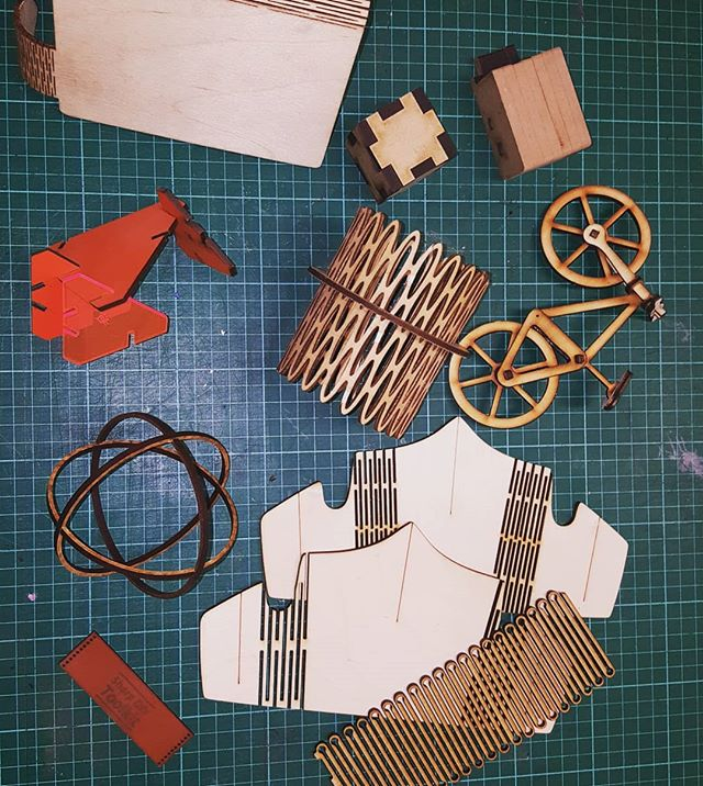 Will you make something today? These creations were made on our laser cutters - your imagination is your limit. Come have a look and get inspired! . . #makerspace #makerspacemalmo #malmo #makergonnamake #design #lasercut #create #armor #bicycle #leather