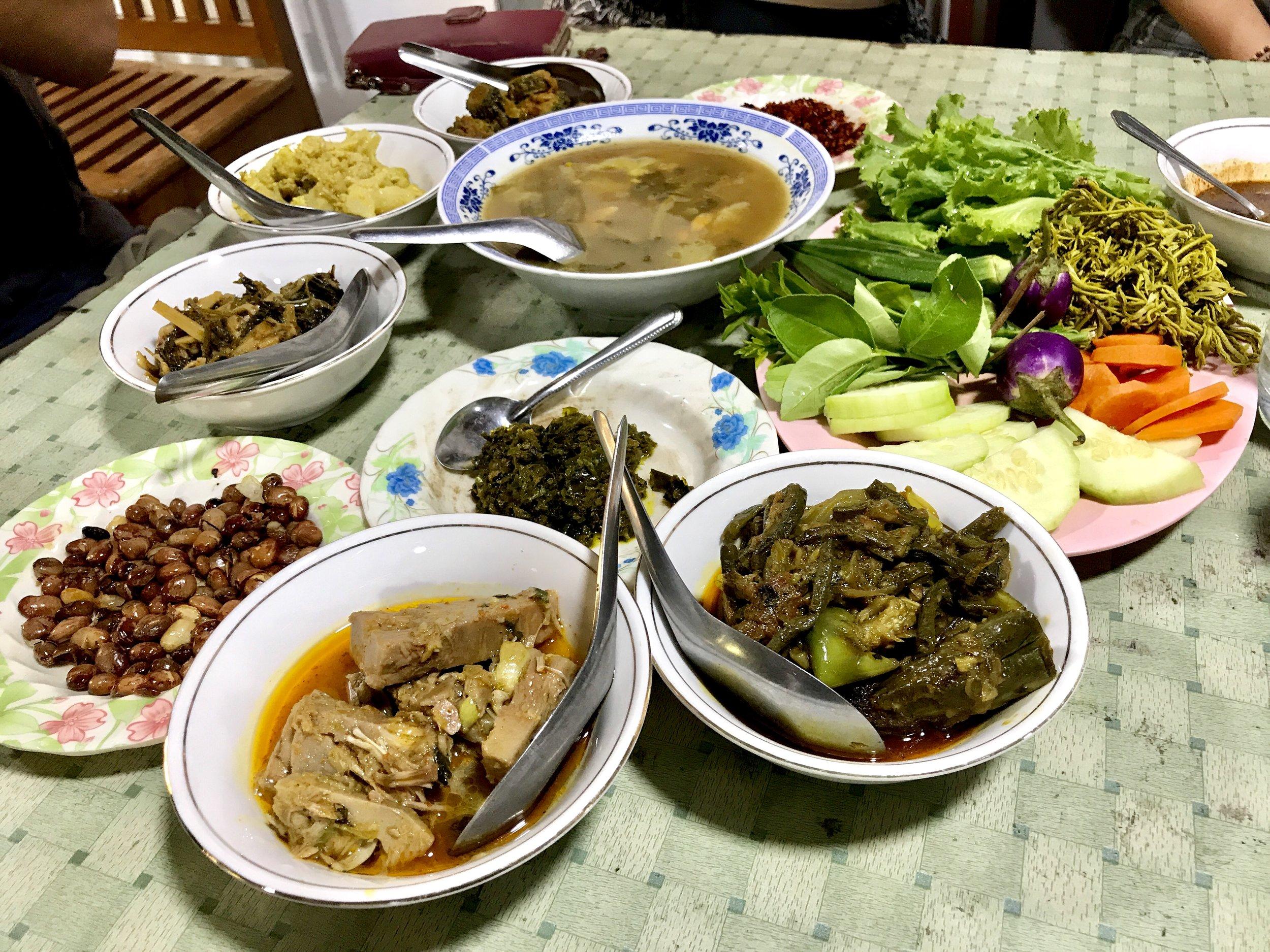 Myanmar traditional food