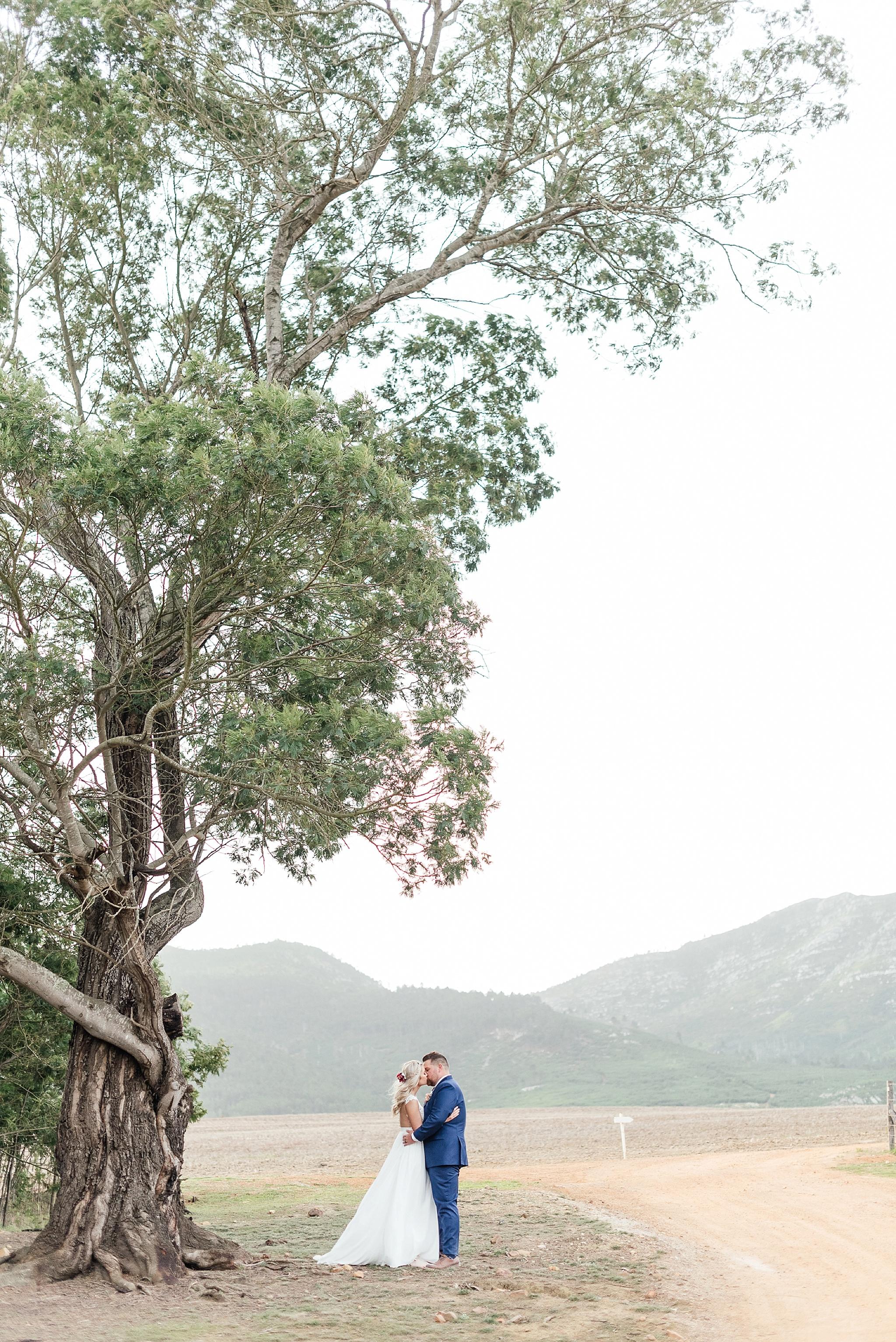 Cape Town Photographer Darren Bester - Die Woud Wedding - Gareth & Roxanne_0032.jpg