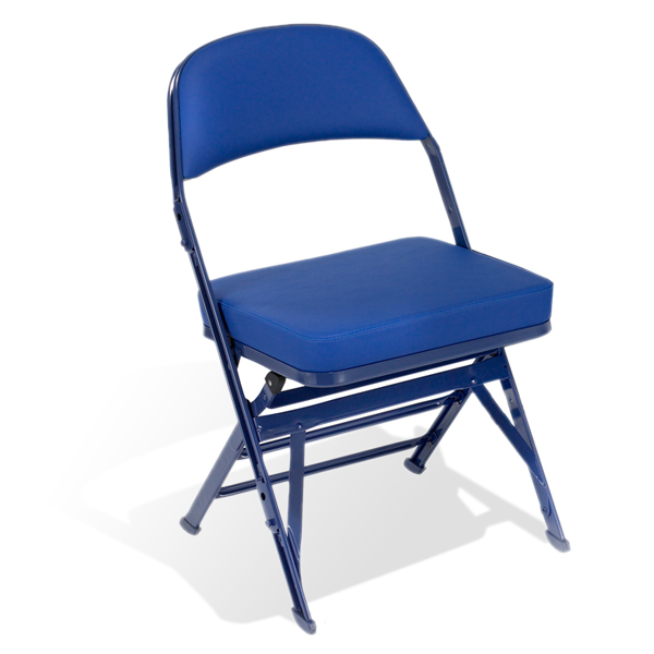 """4-4400 Wide  A 1 ½"""" (38 mm) wider seat than the 4400, this seat gives spectators more personal space and gives you even more opportunities for VIP seating."""