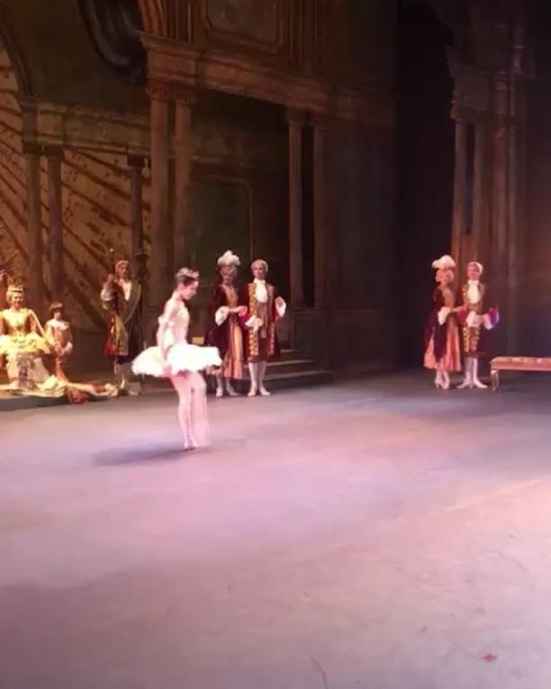 From last night: my wedding solo 👰🏻💕 Video by Rolando Sarabia 🙏🏻 #thewashingtonballet #sleepingbeauty #ballet