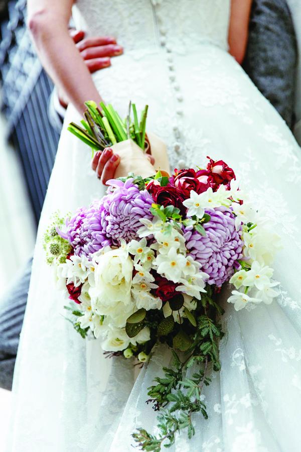 wedding bouquet for postcard.jpg