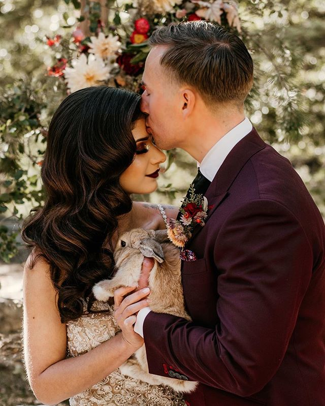 Happy Easter Babes! Wishing you all an amazing day with family and loved ones✨ also how cute are these two with some of the cutest bunnies from @rahrahranch 😍🐰🤩 . . . .  Stylist: @sarahmay_designs  Florist: @nectar_and_bloom  Hair: @matrimonymanes  Makeup: @keybeauty  Cake: @sugarbee_cafe  Cake Topper: @dearheartsigns  Rentals: @the_vintage_establishment  Dress: @theproposal.bridal  Bunnies: @rahrahranch  Tuxedo: @zegliosd  Calligraphy: @copperstoneco  Couple: @lovelyjacksons . . . #authenticlovemag #belovedstories #loveandwildhearts #wanderingphotographers #unconventionaltogs #justalittleloveinspo #radlovestories #heyheyhellomay #momentsovermountains #togetherjournal #wildelopements #weddinglegends #orgeonphotographer #pnwphotographer #portlandphotographer #elopementwedding #elopementphotographer #icelandphotographer #engagementsession #adventurephotographer #weddingdayready #lovellope #littlethingstheory #adventourouswedding #indiebride #rusticwedding #hipiebride #couplesphotography #elopementwedding