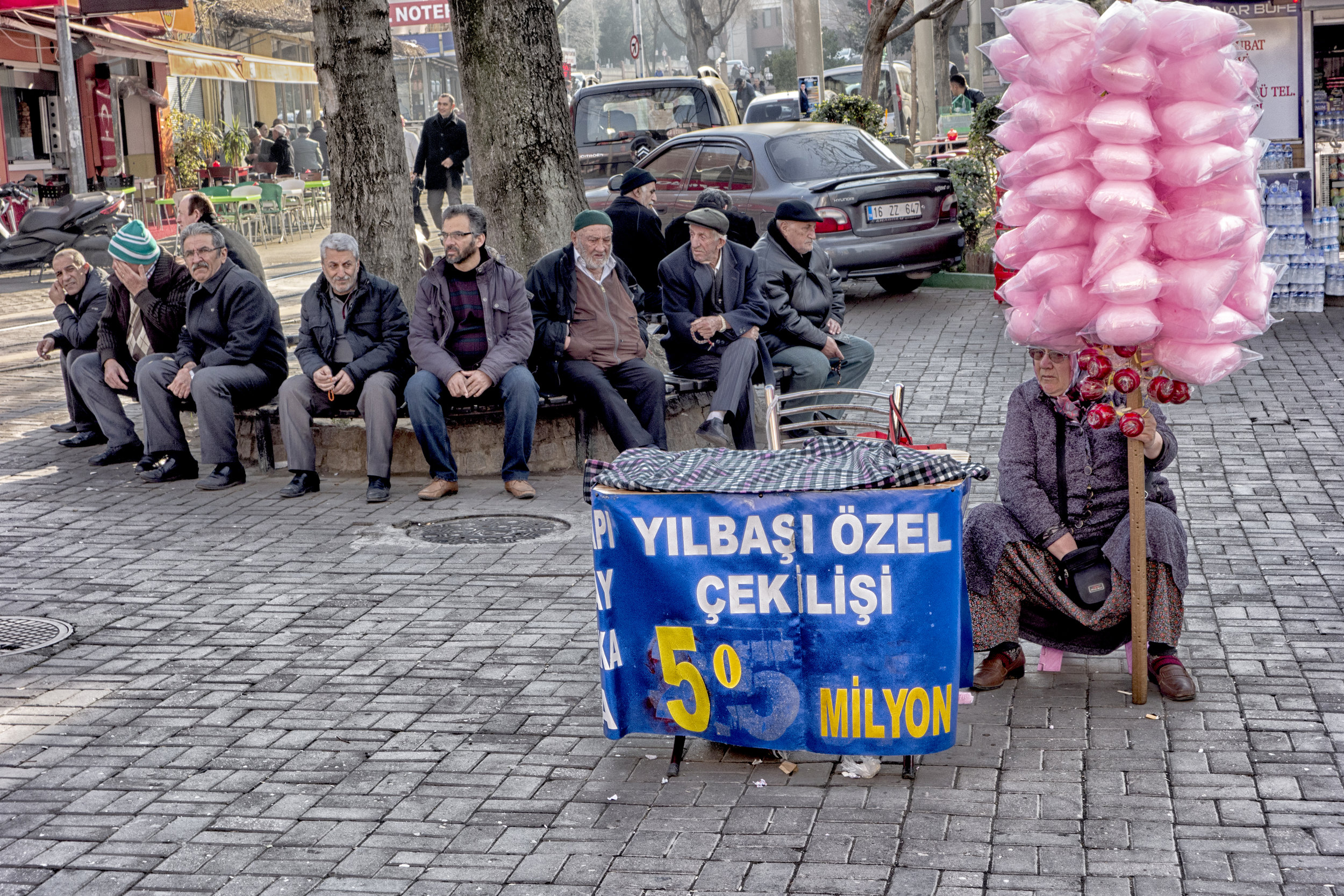 Cotton Candy, Bursa
