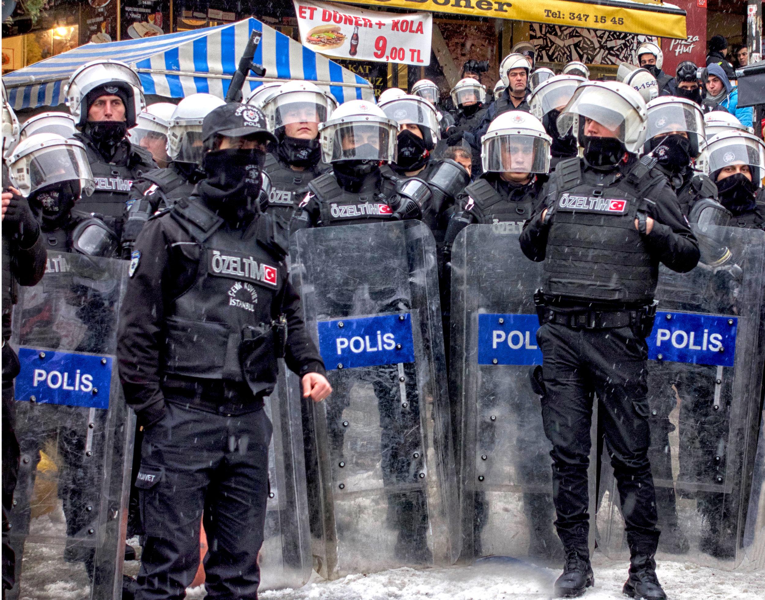 Polis, Istanbul