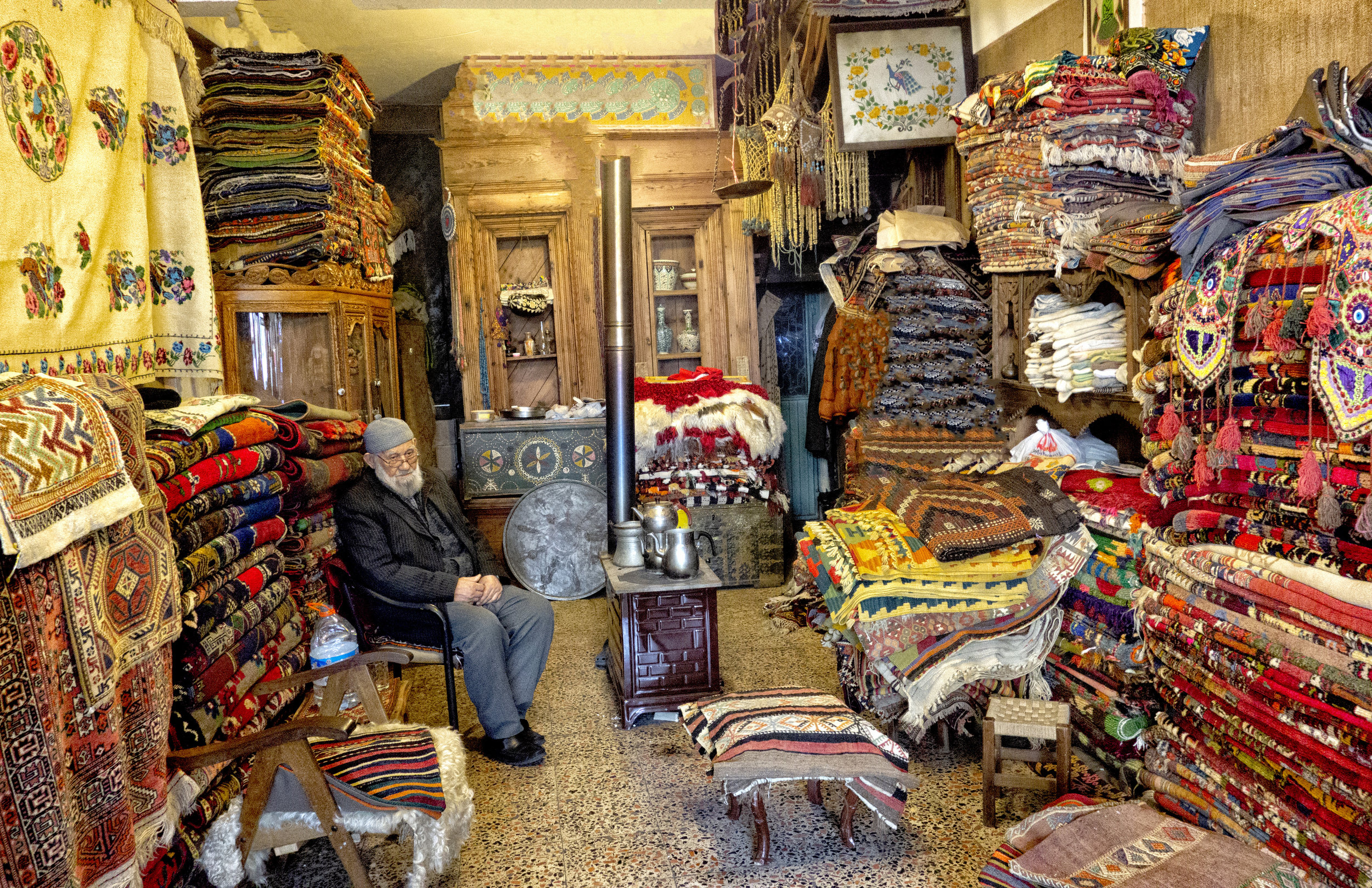 Old Man and the Carpets