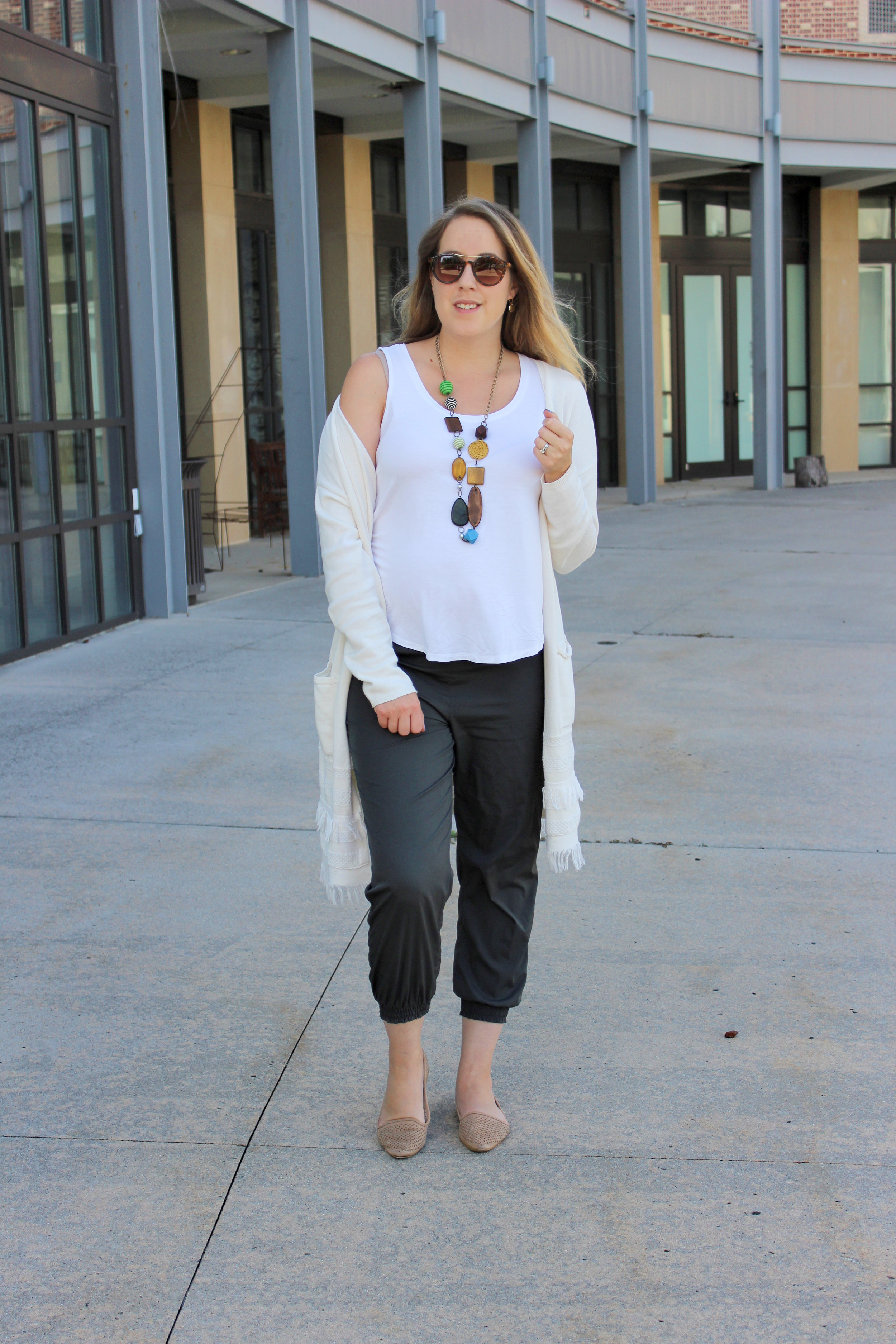 How I'm Shopping My Own Closet for Maternity Style - wear she blossoms
