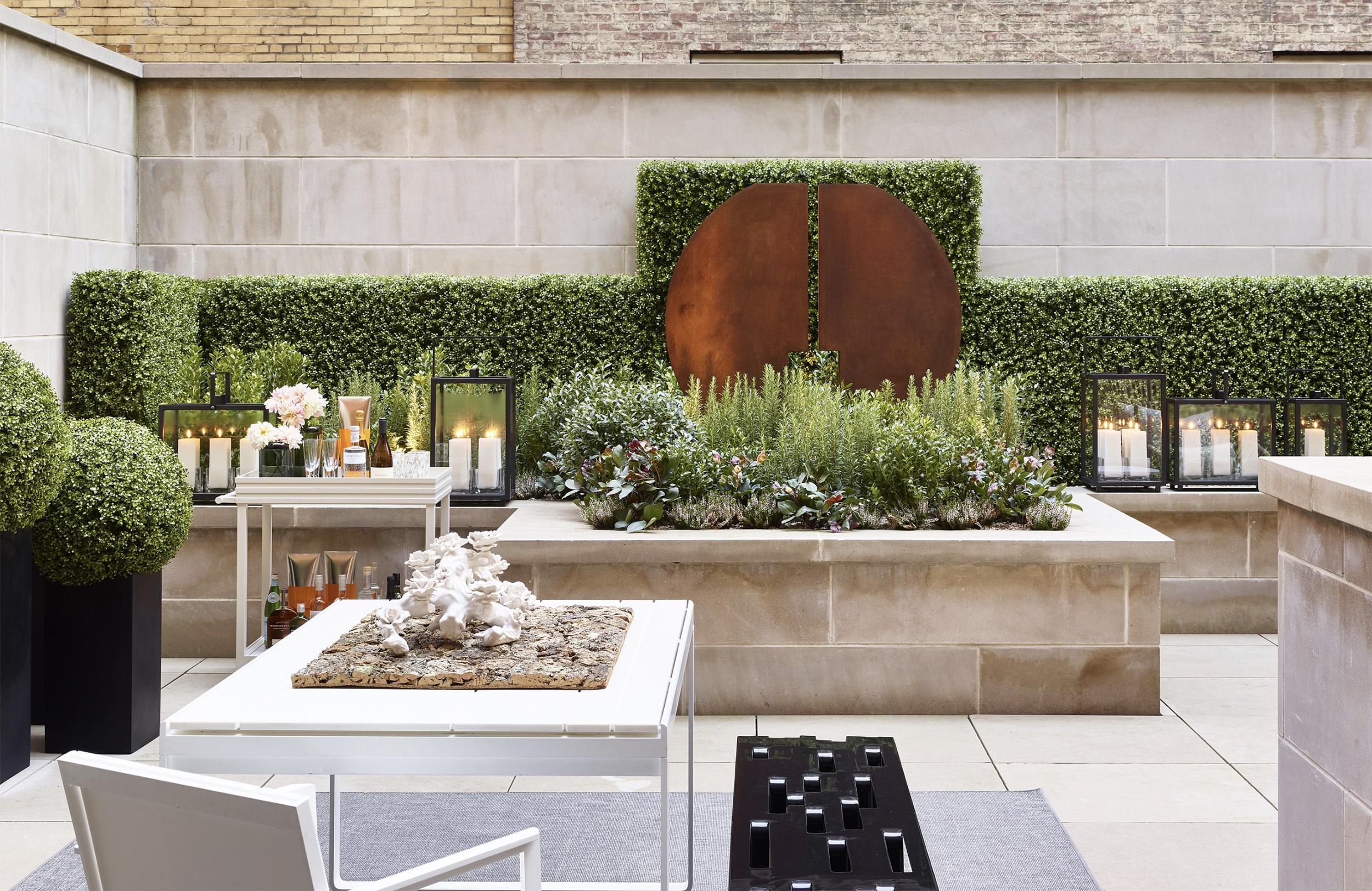 Morano+Landscape_Holiday_House_2018_Garden_Design_RKGD_ArchDigest_Vouge_Exterior_Landscapes_2.jpg