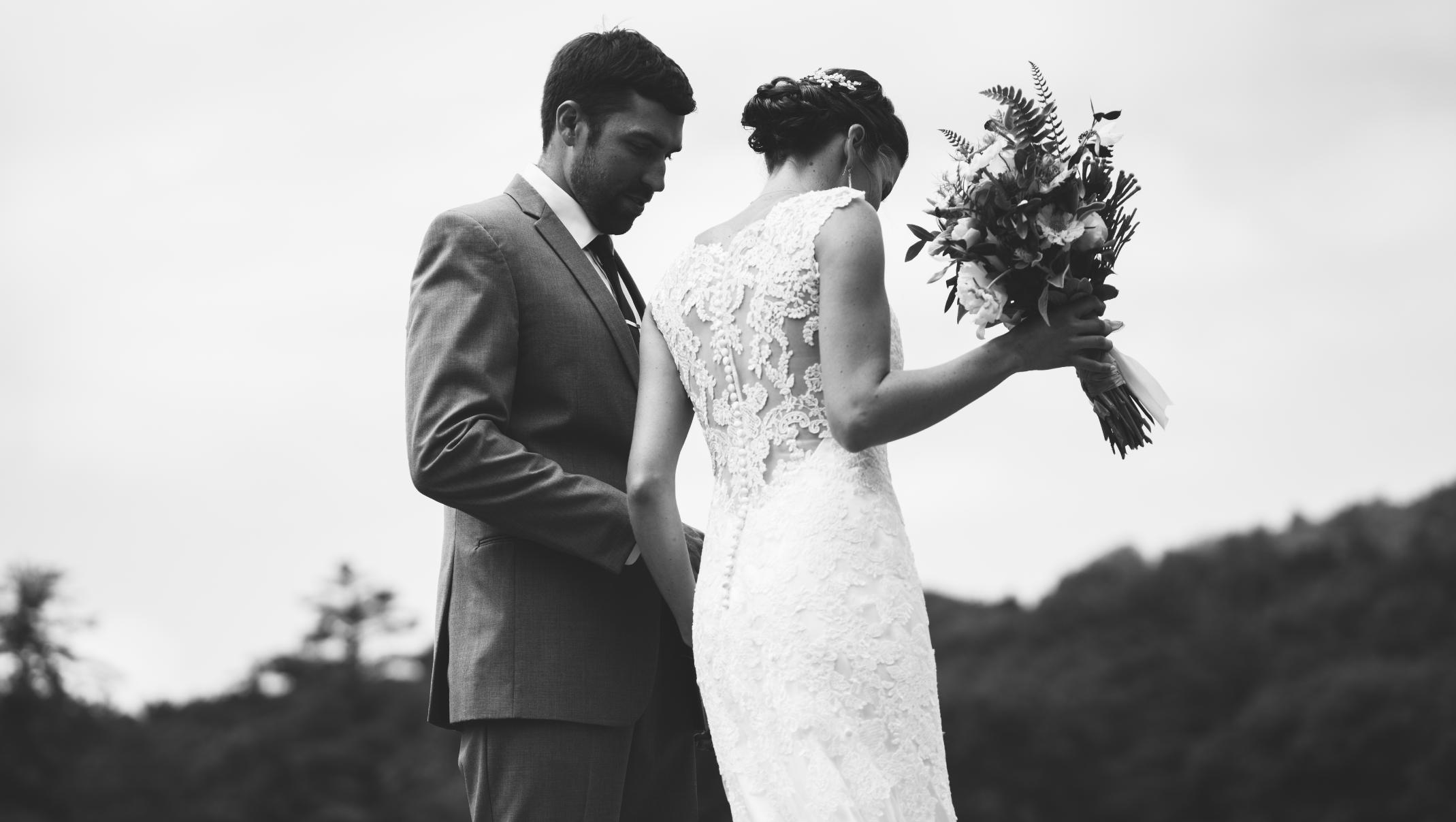 - WEDDINGS//EVENTS//EVERYDAY INDULGENCES