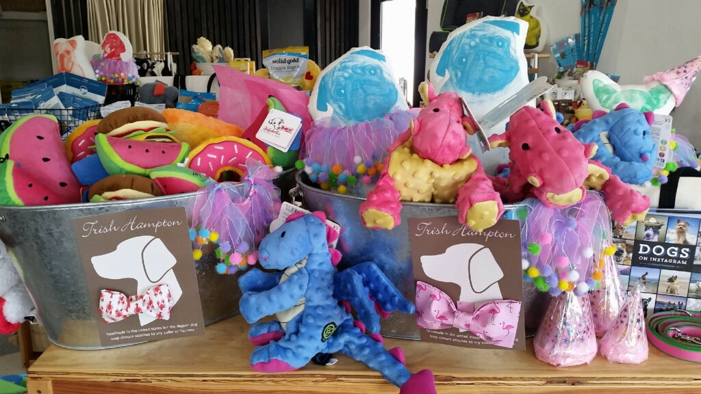 Check out our adorable selection of dog & cat toys and perfect coastal home pet bedding!