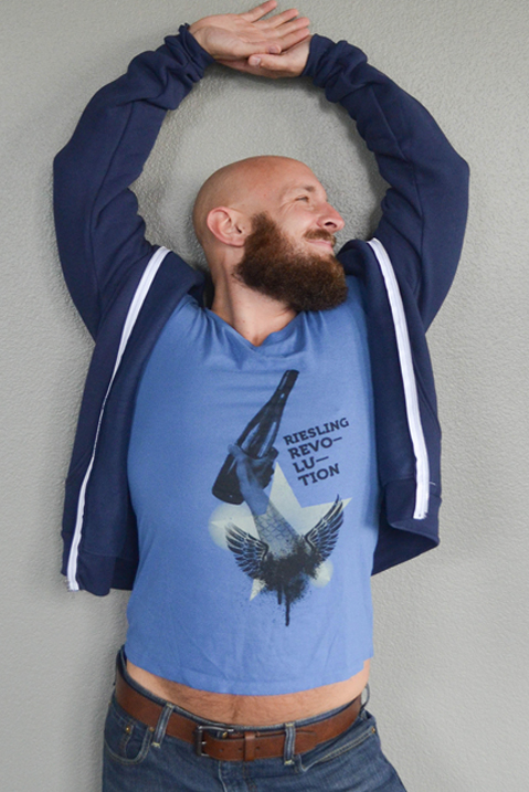 tshirt_him_blue_v.jpg